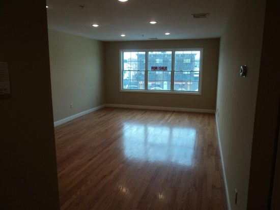 48 Federal St UNIT 104, Beverly, MA 01915