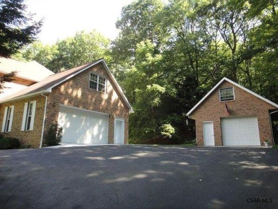 220 Keafer Rd, Johnstown, PA 15905