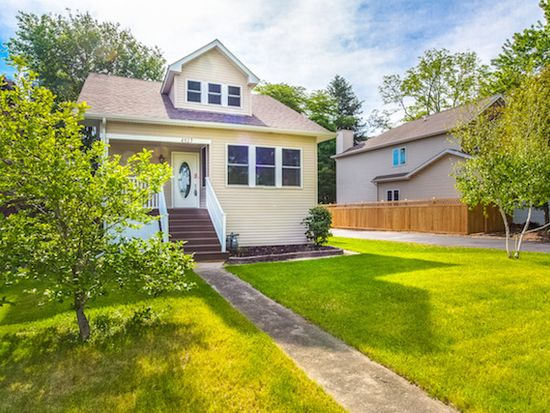 4513 Highland Ave, Downers Grove, IL 60515