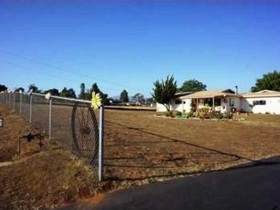 1637 Pine St, Ramona, CA 92065
