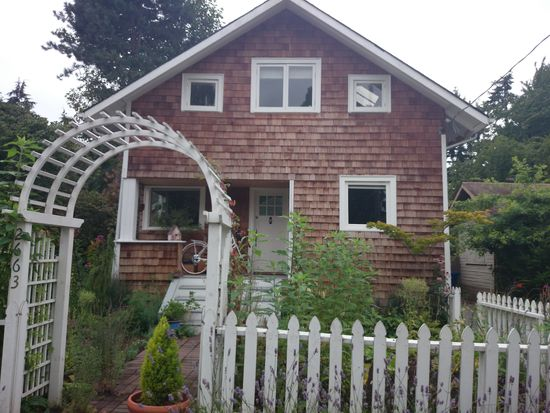 2663 39th Ave SW, Seattle, WA 98116