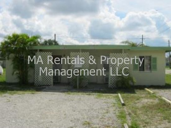 3002 Lincoln Blvd, Fort Myers, FL 33916