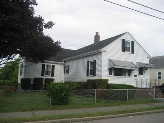 134 Stackhouse St, Dartmouth, MA 02748