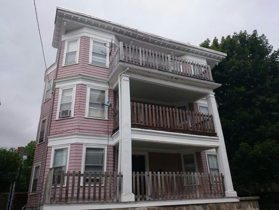 31 Barry St, Dorchester, MA 02125