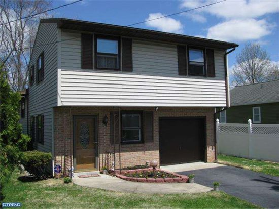 2361 High St, Reading, PA 19605