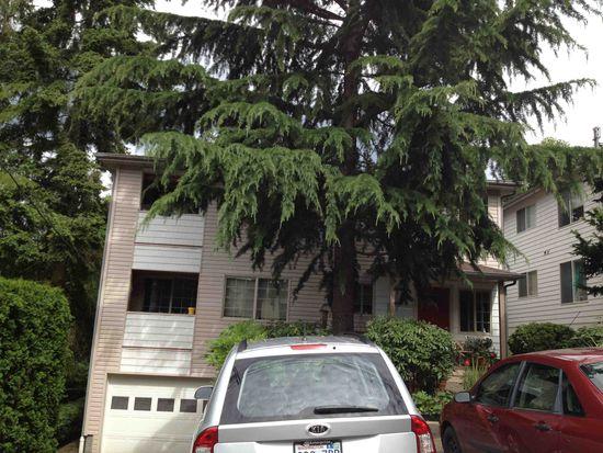 8516 23rd Ave NE APT 2, Seattle, WA 98115