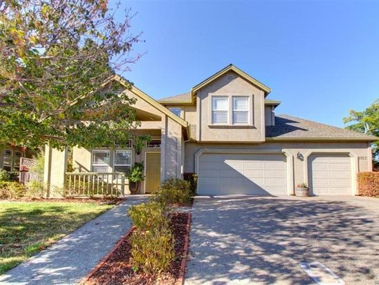 1013 Kennedy Dr, Winters, CA 95694