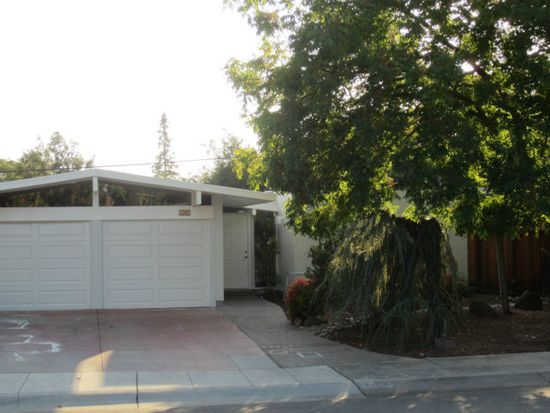 3382 Kenneth Dr, Palo Alto, CA 94303