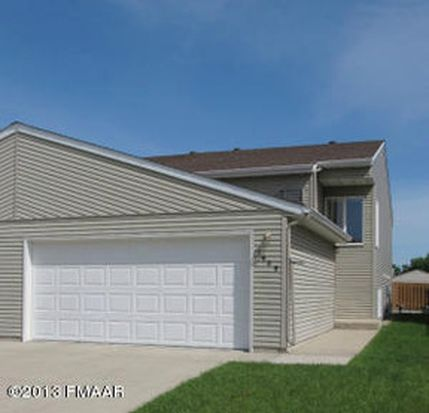 1609 28th Ave S, Fargo, ND 58103