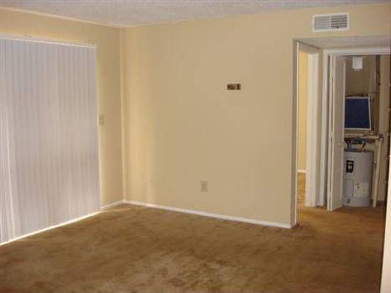 3109 Grand Pavilion Dr UNIT 204, Tampa, FL 33613