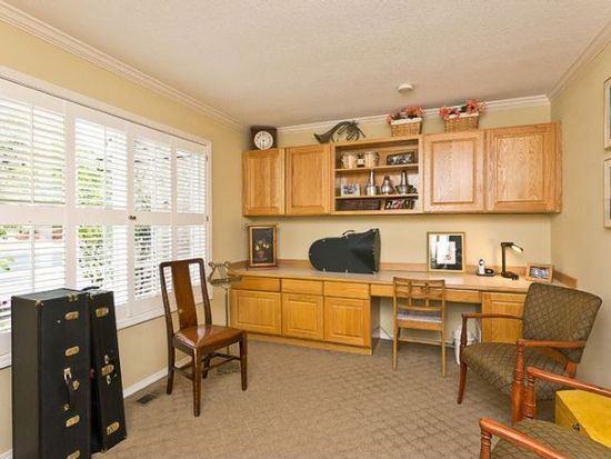 14830 NW Mitchell St, Portland, OR 97229
