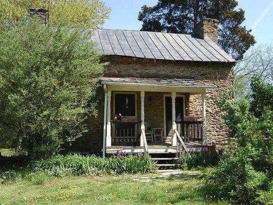 6183 John S Mosby Hwy, Middleburg, VA 20117