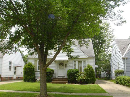 1684 Douglas Rd, Wickliffe, OH 44092