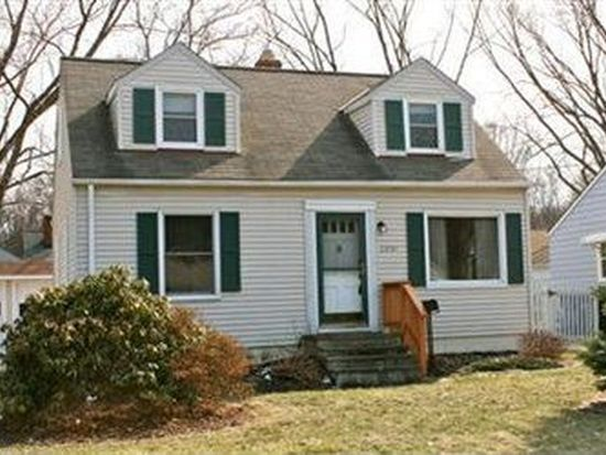 23761 Maple Ridge Rd, North Olmsted, OH 44070