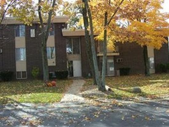 15218 Maple Park Dr APT 11, Maple Heights, OH 44137
