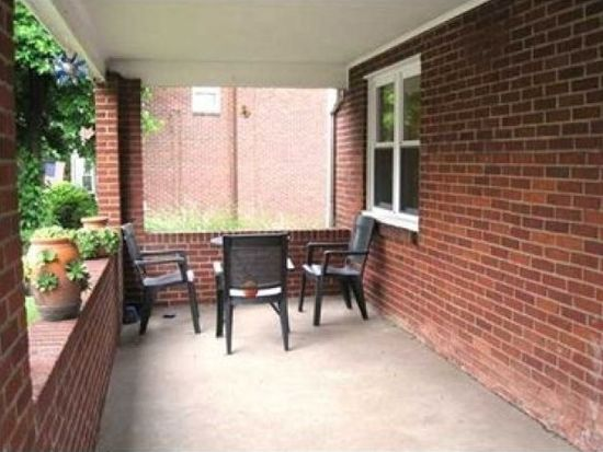 954 Lilly Ln, Pittsburgh, PA 15221