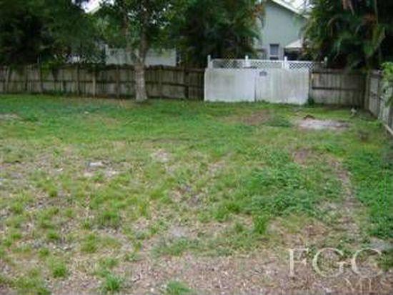 6752 Plantation Pines Blvd, Fort Myers, FL 33966