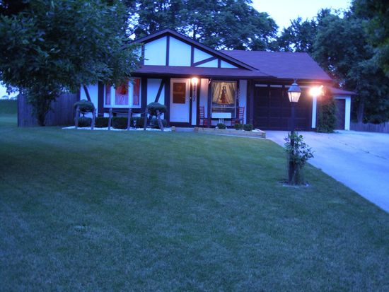 24102 S Burr Rd, Channahon, IL 60410