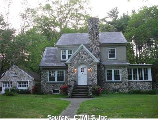 22 Meadowbrook Ln, Mansfield Center, CT 06250