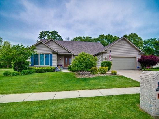 51124 Broken Wood Ct, Granger, IN 46530