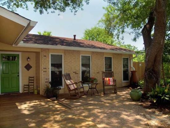 6213 Pennwood Ln, Austin, TX 78745