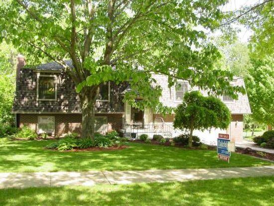 603 Oak Park Blvd, Cedar Falls, IA 50613