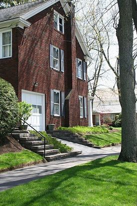 1101 Ardsley Rd, Schenectady, NY 12308