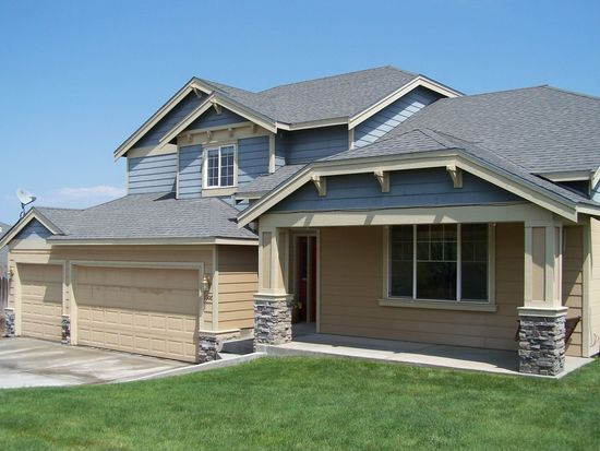 1300 S 38th Ave, West Richland, WA 99353