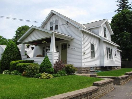 1126 Lexington Ave, Schenectady, NY 12309
