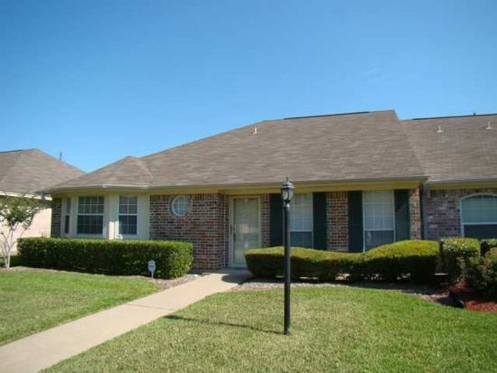 7956 Pecan Dr, Beaumont, TX 77713