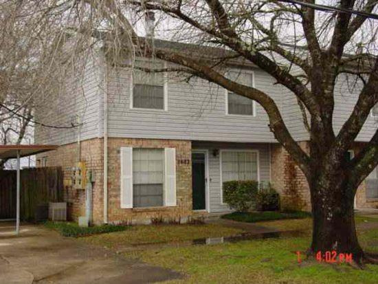 8682 Glen Meadow Ln, Beaumont, TX 77706