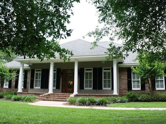 156 Willow Lake Dr, Fairhope, AL 36532