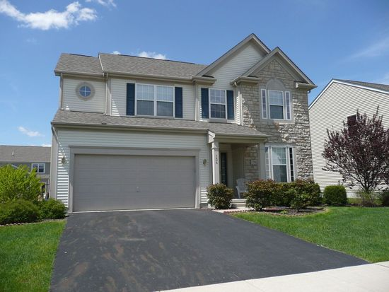 134 Cheshire Crossing Dr, Delaware, OH 43015