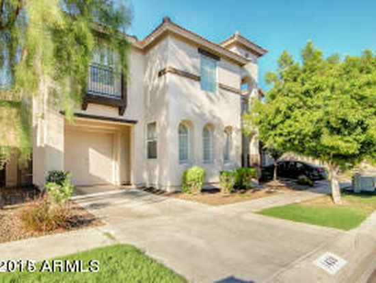 1428 E Sonrisas St, Phoenix, AZ 85040