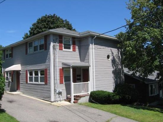 11 William St, Lawrence, MA 01841