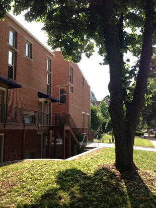 4340 Maryland Ave APT 10B, Saint Louis, MO 63108