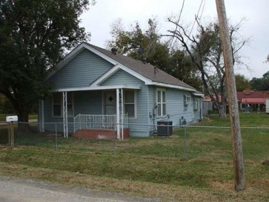 730 Marion St, Port Neches, TX 77651