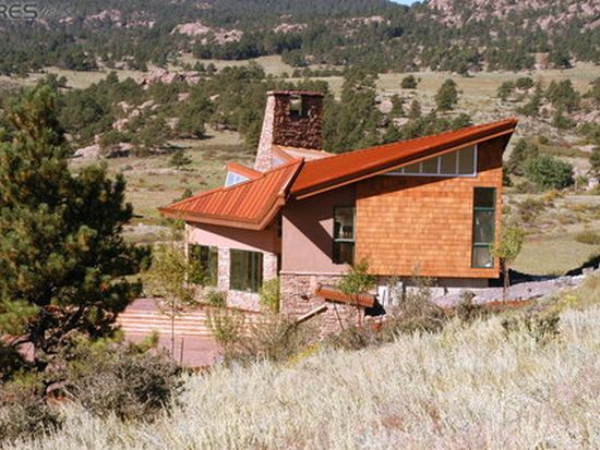627 Stagecoach Trl, Lyons, CO 80540