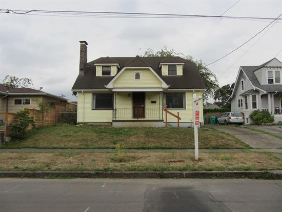 5716 N Bowdoin St, Portland, OR 97203
