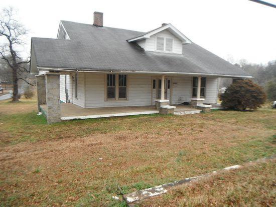 702 S Gaston St, Dallas, NC 28034