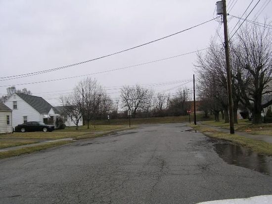 1113 Hawthorne Ave SW, Canton, OH 44710