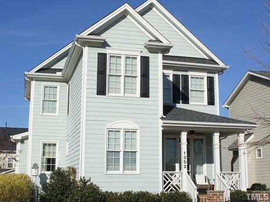 1352 Ileagnes Rd, Raleigh, NC 27603