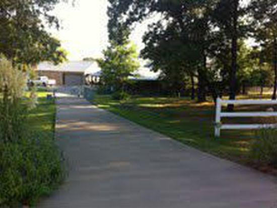 162 Ranchway Dr, Burleson, TX 76028