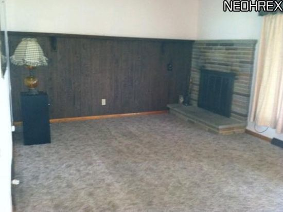 3065 Oak St, Norton, OH 44203