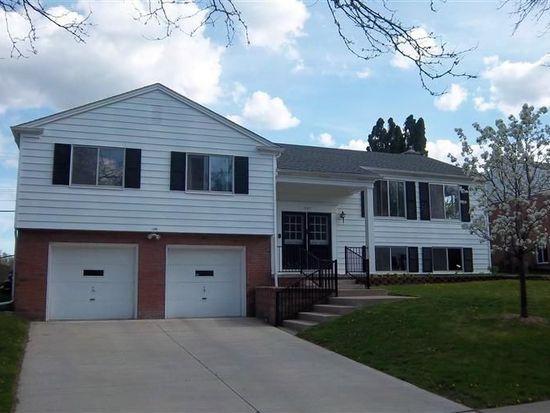 1205 Glen Leven Rd, Ann Arbor, MI 48103