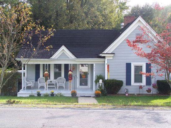 309 Tazewell Ave, Tazewell, VA 24651