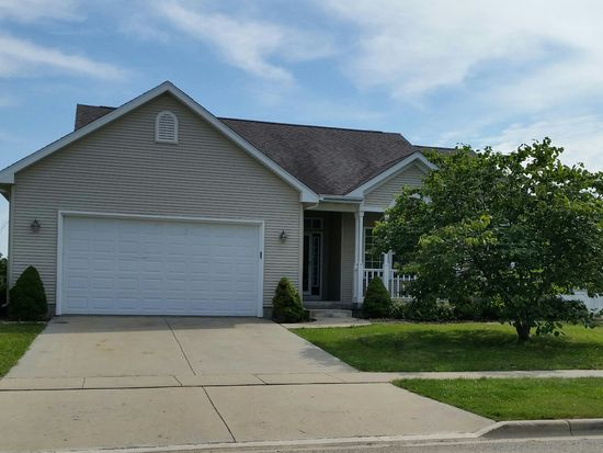 254 Wendy St, Sycamore, IL 60178