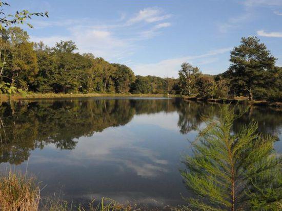 591 Spruce Dr, Pine Lake, GA 30072