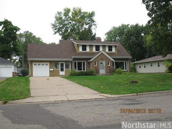 2694 19th Ave E, Maplewood, MN 55109