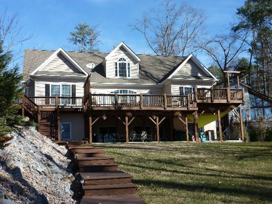 308 Club Dr, Littleton, NC 27850